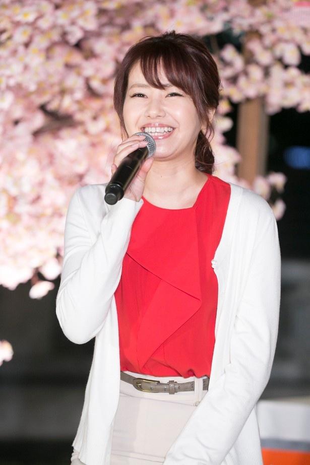 【写真を見る】内藤理沙が美女ファッションの家政婦に!