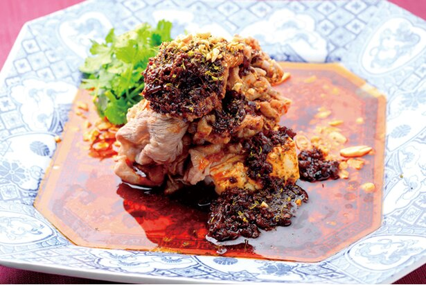 有名グルメガイドにも掲載され、大阪・新町で予約の取れない店として有名な「酒中花 空心」の和牛よだれ豆腐