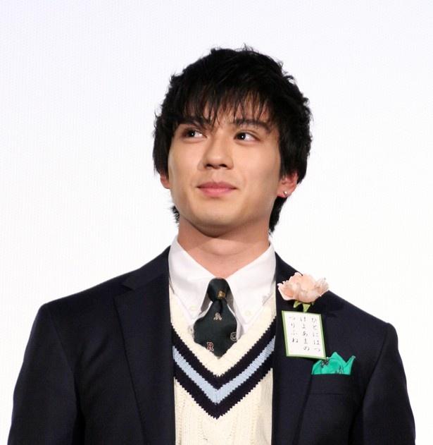 新田真剣佑は演劇ユニット「地球ゴージャス」プロデュース公演Vol.15「ZEROTOPIA」に出演中