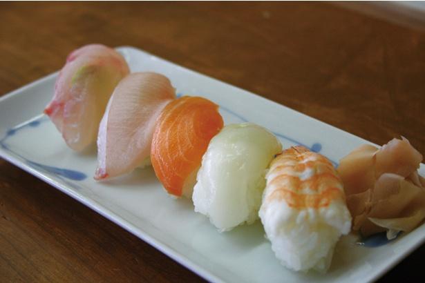 海の駅 船番所 / 人気メニューのにぎり寿司
