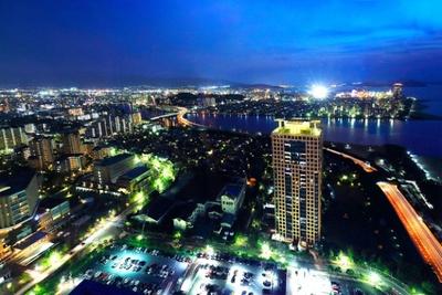 「福岡タワー」の眼下に広がるウォーターフロント