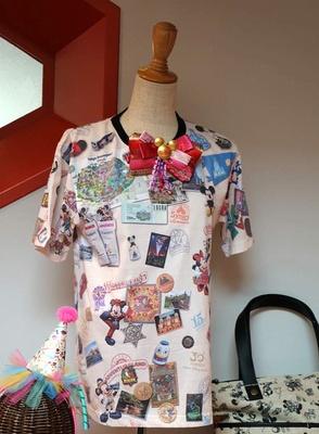 クラシックな総柄Tシャツ(1900円~ ※サイズにより価格が異なる)
