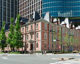 丸の内初のオフィスビル「三菱一号館」を復元した「三菱一号館美術館」