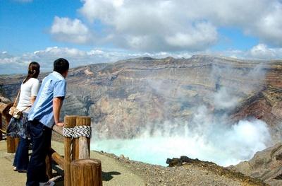 【写真を見る】中岳火口見学も再開