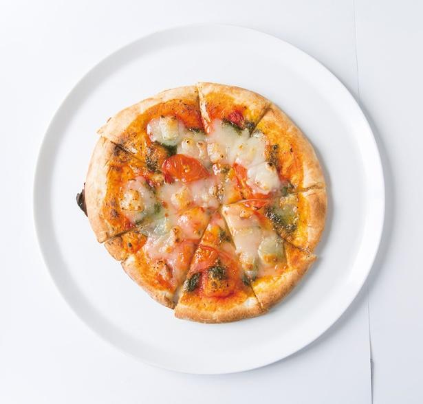「旬菜ランチバイキング danza padella」の「豆乳チーズとオーガニックトマトのマルゲリータ」。大豆由来の植物性チーズを使用する