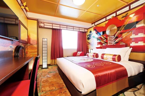【写真を見る】ニンジャゴープレミアムの寝室。寝ているときも、ニンジャの気分に!?