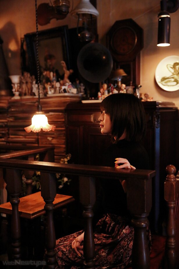 上田麗奈フォトコラム・そこは物語の中のひとりになれる喫茶店