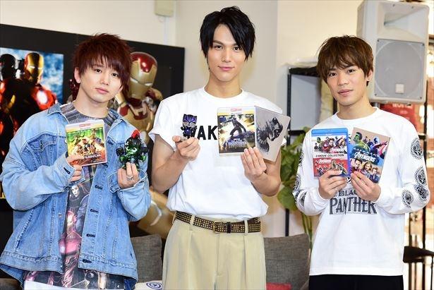 「ブラックパンサー」MovieNEX発売イベントに出席した中川大志(中央)、花村想太(左)、小野賢章(右)