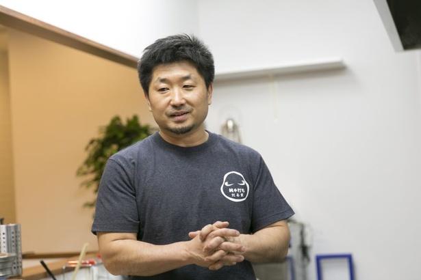 「体重や手の熱などが異なるので、手打ち麺は打つ人によって仕上がりが全然違う。それがおもしろい」と佐藤さん