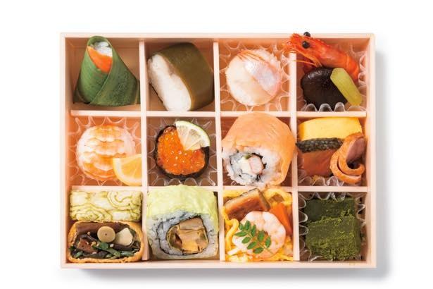 行楽のお供に最適なゐざさ茶屋の「彩り寿司 皐月」(1890円)