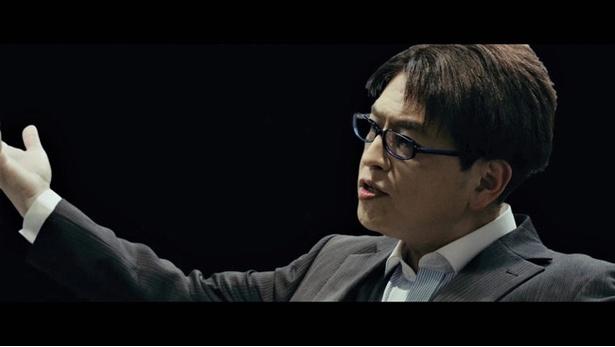 元FBIの情報分析捜査官である叶井を演じる緑川光