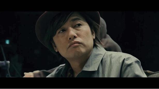 財閥の息子というお坊ちゃん探偵の根木屋を演じる森久保祥太郎