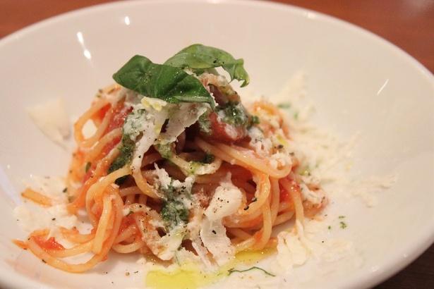 氷のモッツアレラと冷製トマトのカッペリーニの試食