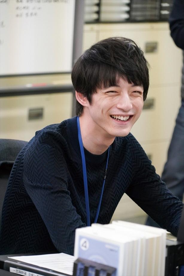 「シグナル―」の坂口健太郎が撮影中に見せる笑顔♪