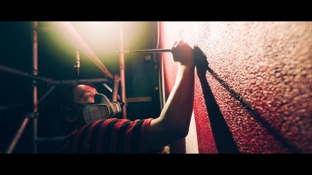 香港政府観光局が公開した「#香港慎吾アート」メーキング動画(キャプチャ)