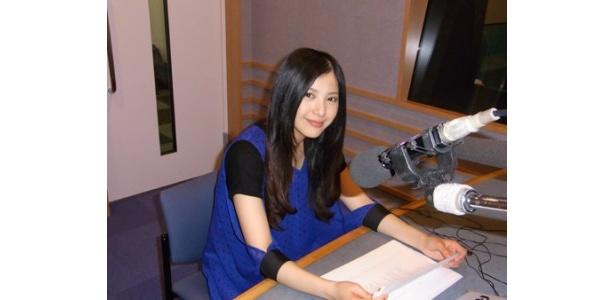 ドラマ「豆腐姉妹」で1人3役に挑戦する吉高由里子