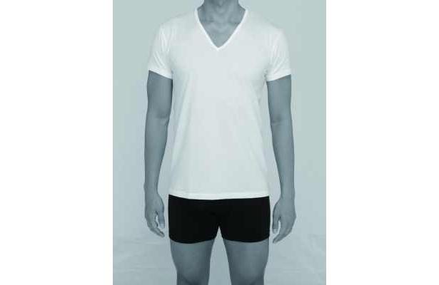 加齢臭と汗のニオイのもととなる臭気成分を大幅に減少させる下着も登場