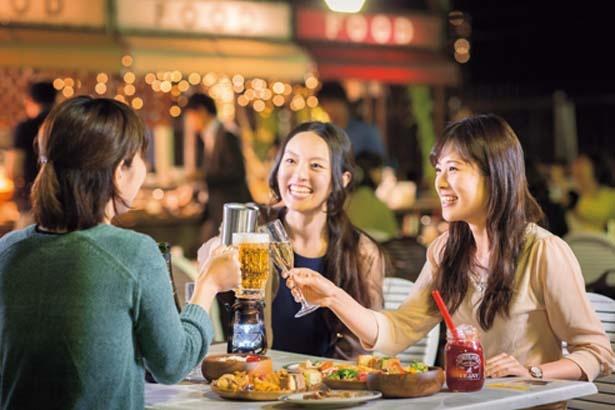 【写真を見る】女子会使いも多い/阪急トップビアガーデン