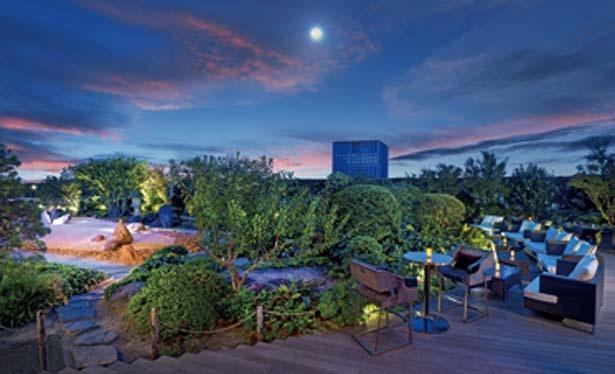 緑に囲まれた非日常的な豪華な場所/セント レジス ホテル 大阪