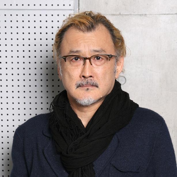 黒澤武蔵を演じる吉田鋼太郎