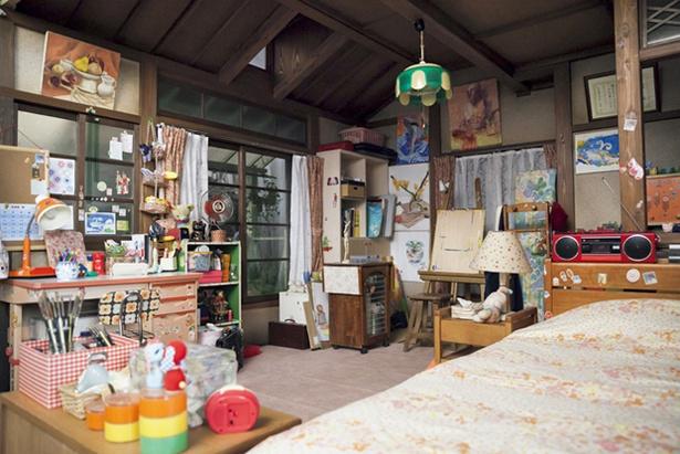 絵画が得意な鈴愛の部屋には、クオリティーの高い作品が!
