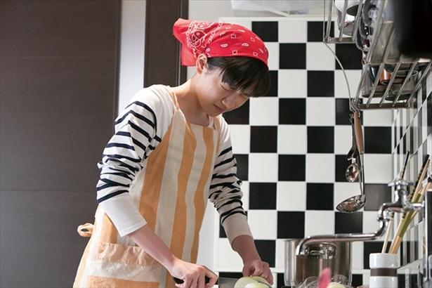 食事におやつ、掃除…日々雑用ばかりの鈴愛