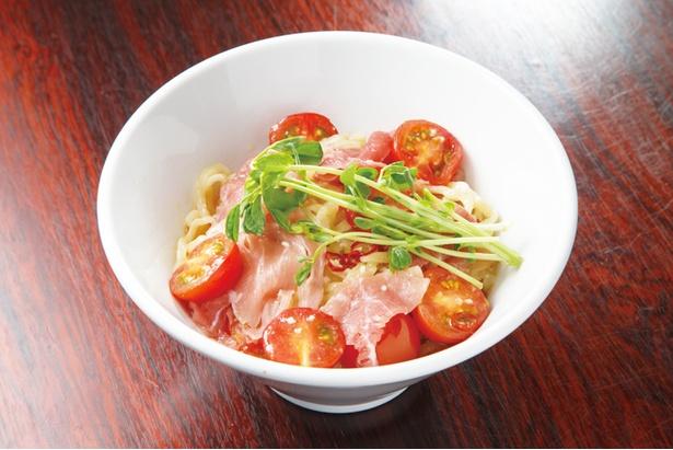 店主の佐藤氏の友人でもある、川谷農園のフルーツトマトを使用する