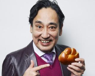 「クリームパンに惹かれるリーズン(理由)は、昔ながらの気楽さとリッチ感。見た目もイン(中)もユニークでさ。ウインドウ越しにアイ(目)があったら、つい入っちゃう」(ルーさん)