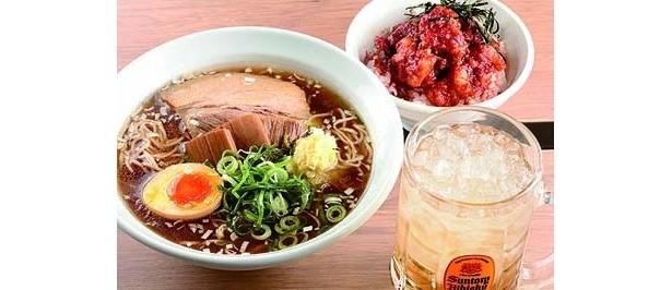 「ヒノマル食堂 つけ麺なおじ」