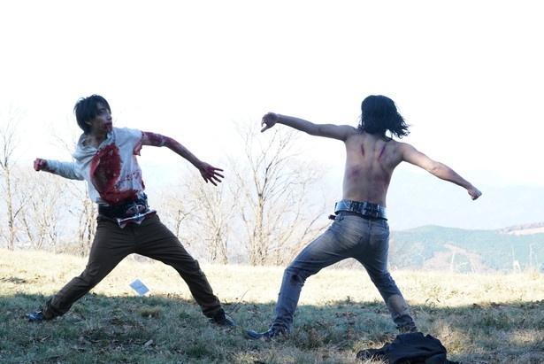 谷口が「本当に蹴っ飛ばしましたし、噛みつきましたし、殴られました」と明かした、藤田とのバトルシーン
