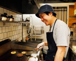東京の人気ハンバーガー店で修行した店主が大阪のビジネス街で新たな挑戦! 本町「HELLO!NEWDAY(ハローニューデイ)」