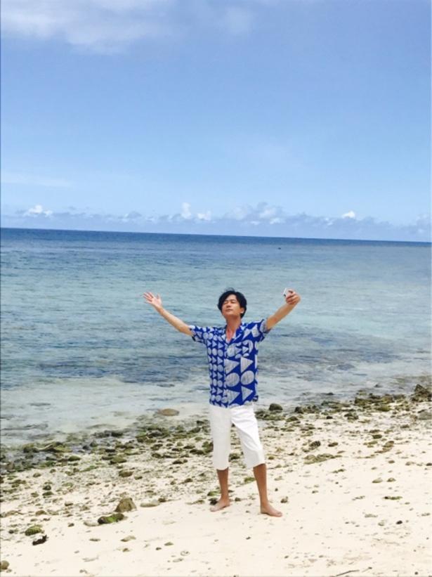 グアムの海にハイテンション!