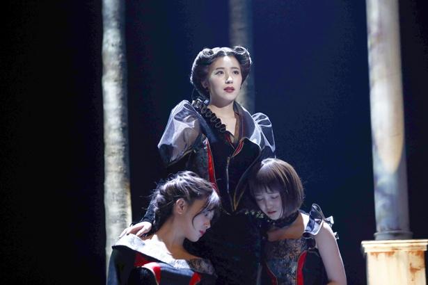 乃木坂46の衛藤美彩、伊藤純奈、久保史緒里が三姉妹役を演じた舞台「三人姉妹」のテレビ初放送が決定