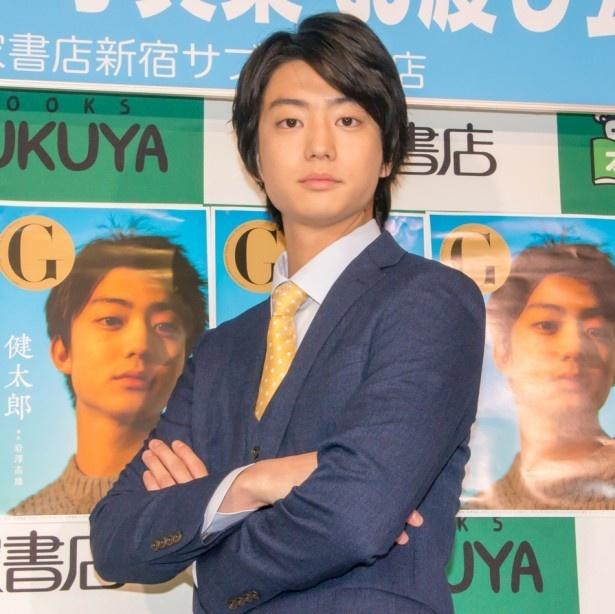 若手注目俳優の健太郎がMCに挑戦