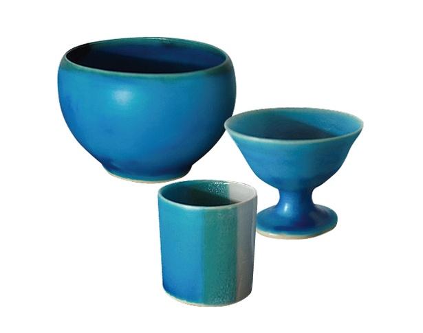「wakako ceramics」の「うみいろボウル」(4968円) 、「水のタンブラー」(3024円)、「アイスカップ」(3888円)