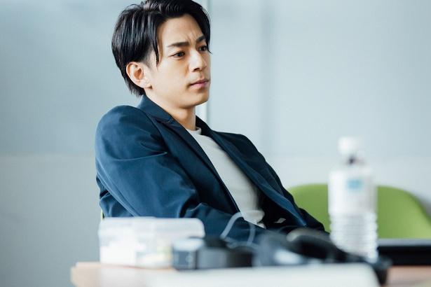 三浦翔平が主演を務める「会社は学校じゃねぇんだよ」が話題だ