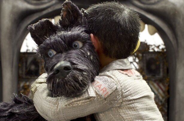 """「噛むぞ!」が口グセのノラ犬・チーフ(写真)、室内犬だった性格のいいレックス、元アイドル犬・キングら、犬ヶ島の""""5匹のサムライ""""と共に、アタリは愛犬探しの旅へ!"""
