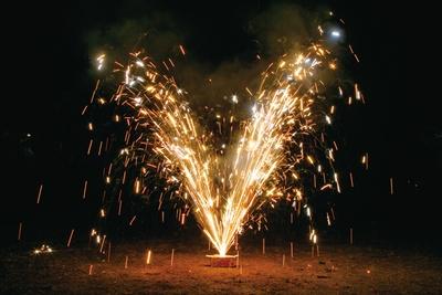ハート形の火花がかわいい「ハートの噴き出し」(432円)