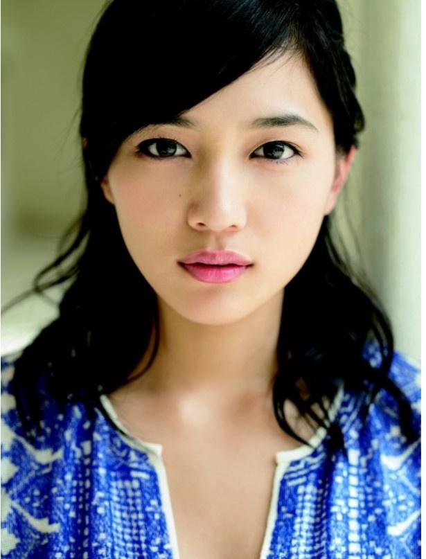 川口春奈は「九月の恋と出会うまで」で主演を務める
