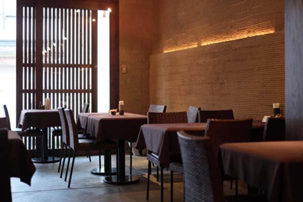ショップを抜けてカフェへ/Japanese Cafe & Gift Shop TEN