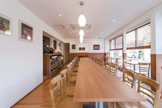ドリンクやアイスは店頭でテイクアウト可/GOCHIO cafe 伍町カフェ
