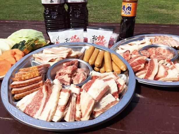 「肉祭りセット」(10人前2万3000円)/服部緑地 バーベックマルシェ