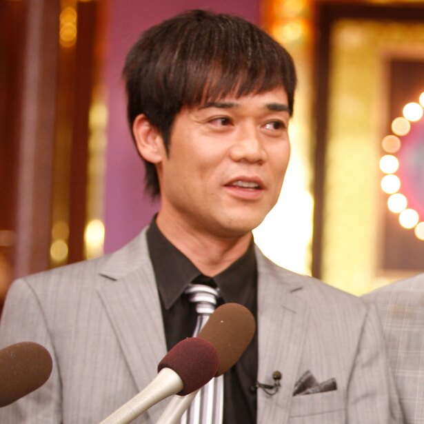 番組MCの名倉潤