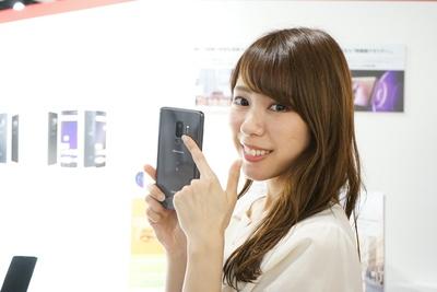 「Galaxy S9+」の背面には標準レンズと2倍望遠レンズの2つのレンズが搭載!画素数はどちらも約1220万画素