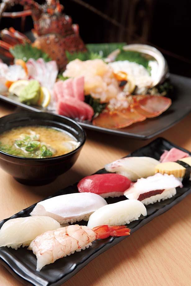 鮮度抜群の「寿司8貫盛り」(1188円・手前)は先着10食のみ/おさかな番長 天満店