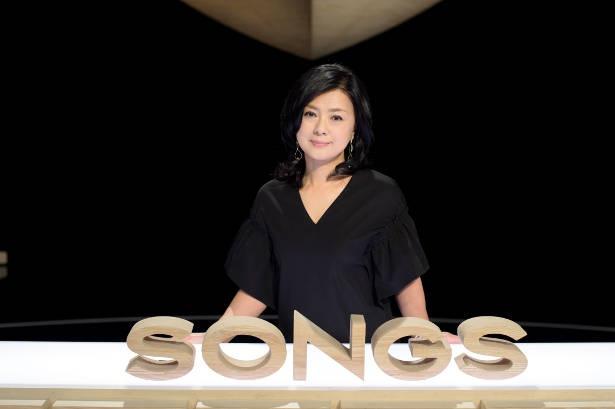 女優・歌手として第一線で活躍してきた薬師丸ひろ子が、「SONGS」の舞台に登場