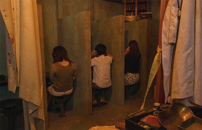 サウンドタイプのホラーアトラクションでは、お化け屋敷と違った恐さが体験できる