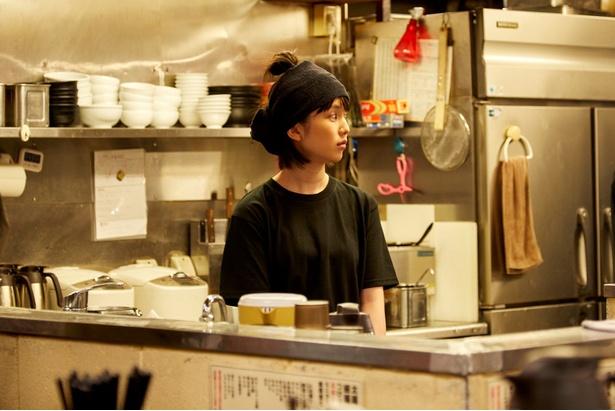 やる気に満ちた弘中アナは、「ラーメンをテーブルに置くお芝居」に大苦戦!?