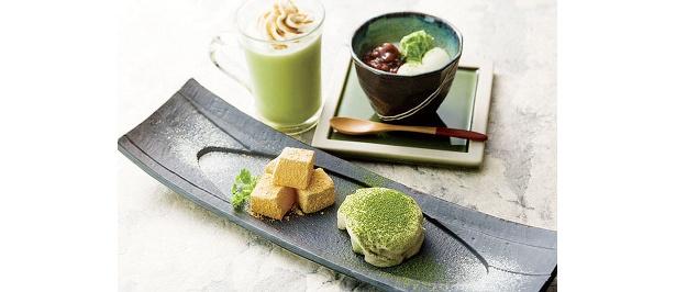 抹茶の豆乳ティラミスとわらび餅のセット(手前)