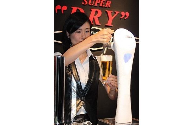 """冷え冷え!氷点下のビール""""エクストラコールド""""バーが銀座に誕生!"""